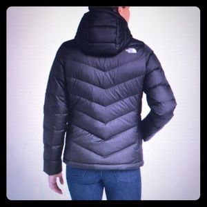 BNWOT The North Face jacket